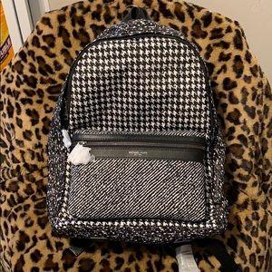 Michael Kors Kent BLK/WHT Backpack